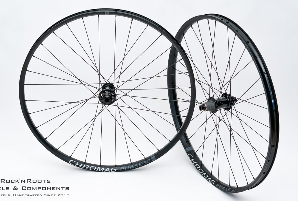 "29"" Chromag Phase30 / Acros Nineteen / Sapim Race + D-Light CrossMix / 1860g"