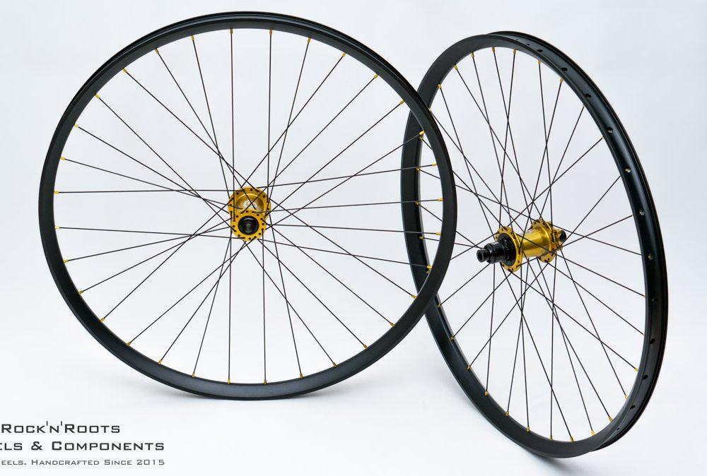 "29"" DT Swiss EX511 / Industry Nine Hydra / Sapim Race + D-Light / 2080g"