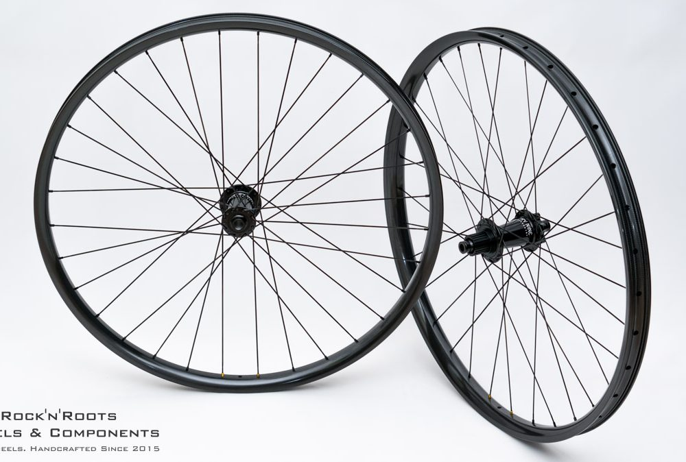 """29"""" WeAreOne Composites """"The Union"""" / Industry Nine Hydra (SuperBoost) / Sapim CX-Ray / 1850g"""