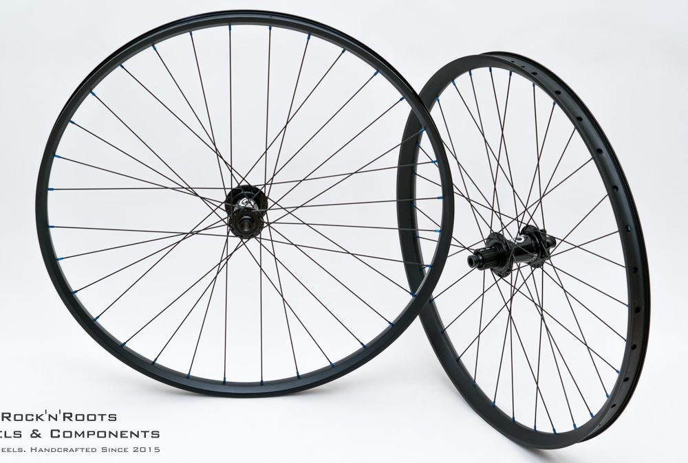 "29"" Chromag Phase30 +27.5"" DT Swiss EX511 / Industry Nine Hydra / Sapim Race / 2021g"