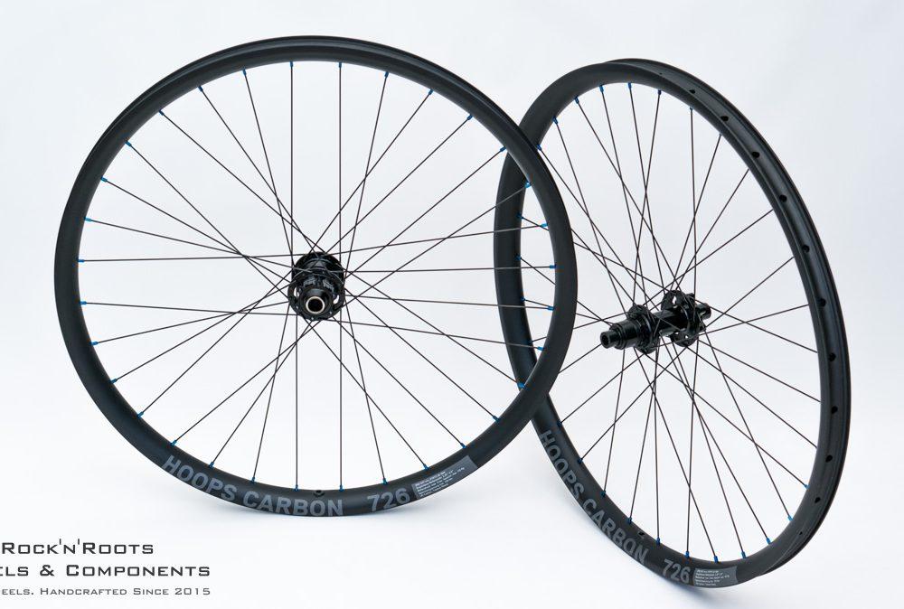 """27.5"""" Hoops Carbon 726 (asymmetrisch) / DT Swiss 240 / Sapim D-Light / 1565g"""