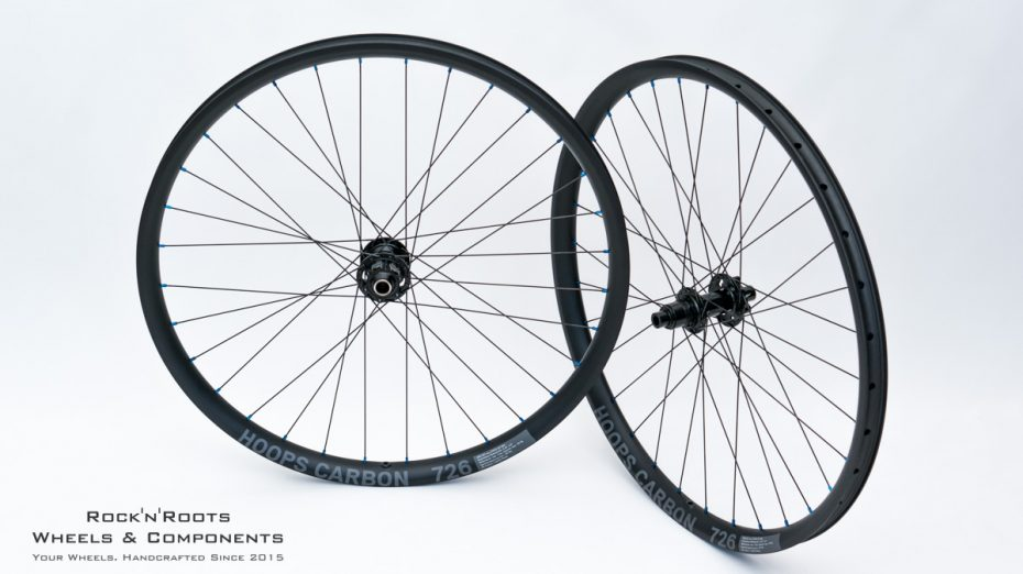 "27.5"" Hoops Carbon 726 (asymmetrisch) / DT Swiss 240 / Sapim D-Light / 1565g"