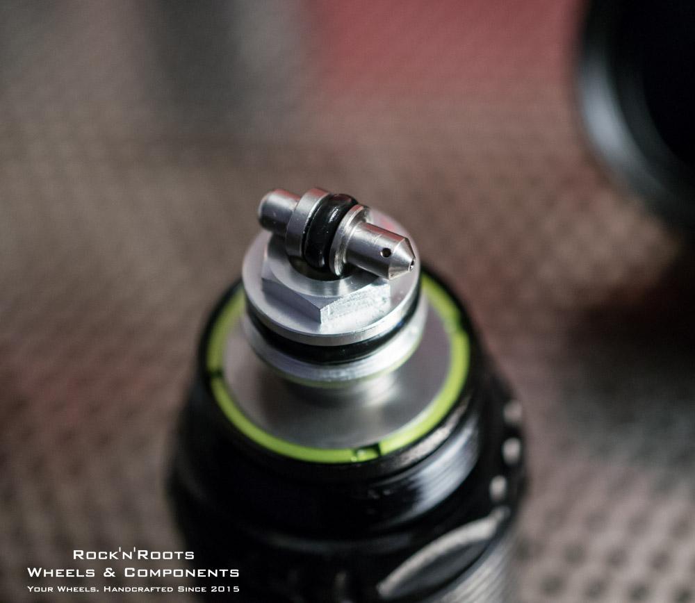 Topaz LSC Plug Detail