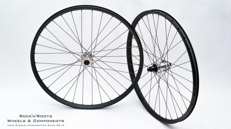 "29"" DT Swiss EX 511 / Industry 9 Hydra / Sapim Race / 2040g"